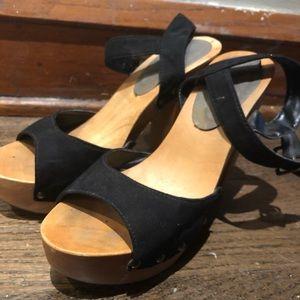 3e4b2d79553 Black with wooden platform heels   sandals.  15  30. Size  6.5 · Forever 21